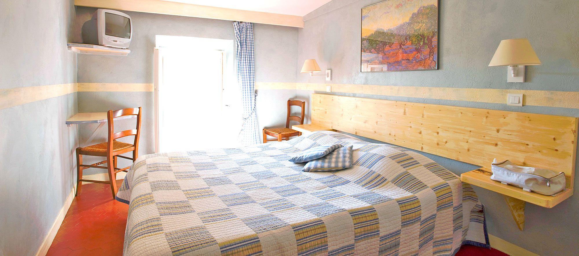 hotel-restaurant-aiguines-verdon-hotel-2