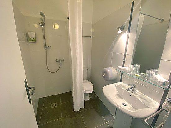 hotel-aiguines-verdon-Chambre-double-economique-2