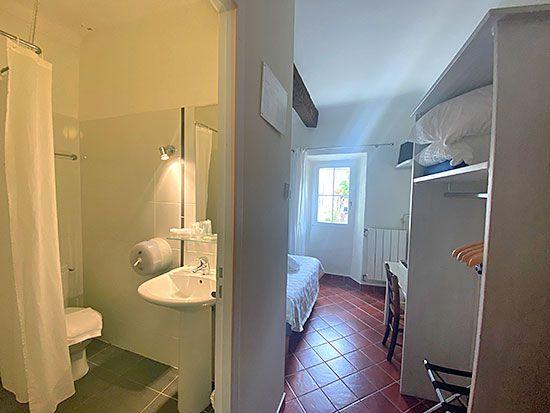 hotel-aiguines-verdon-Chambre-double-economique-3