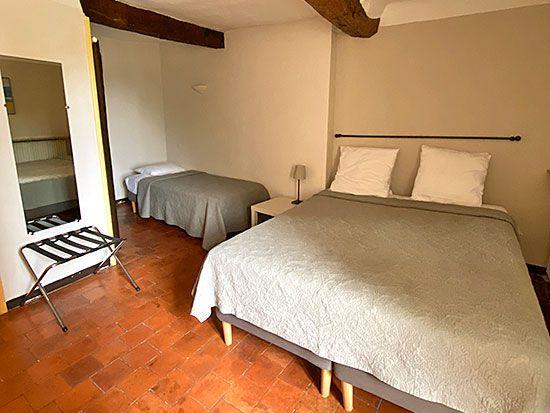 hotel-aiguines-verdon-chambre-Chambre-triple-Confort-2