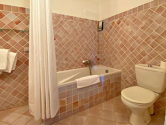 hotel-aiguines-verdon-chambre-Chambre-triple-Confort-4